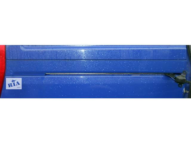 бу  Планка накладка на рейку сдвижной двери/ зсувних дверей Мерседес Вито Віто (Виано) Mercedes Vito (Viano) 639 в Ровно