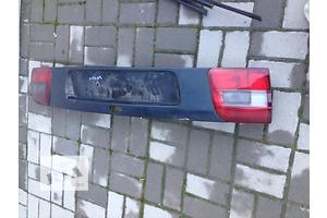 б/у Пластик над/под фонарём Volvo V40