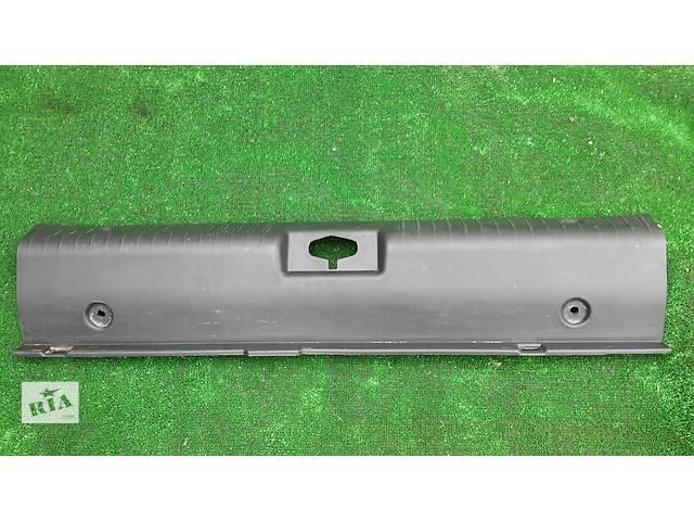 купить бу Пластик на замок багажника 96618166/96555627 для Chevrolet Lacetti 2004-10 в Тернополе