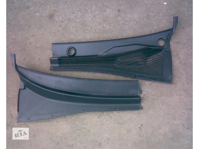 продам Б/у пластик под лобовое стекло для седана Chevrolet Lacetti 2006 бу в Харькове