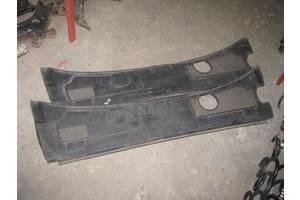 б/у Пластик под лобовое стекло Audi A6