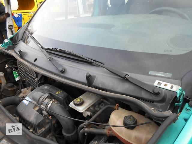 продам Пластик под лобовое стекло, пластик под лобовое стекло Renault Trafic 1.9, 2.0, 2.5 Рено Трафик (Vivaro, виваро, виваро) бу в Ровно