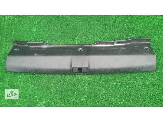 бу  Пластик замка багажника седан для легкового авто Kia Cerato в Тернополе