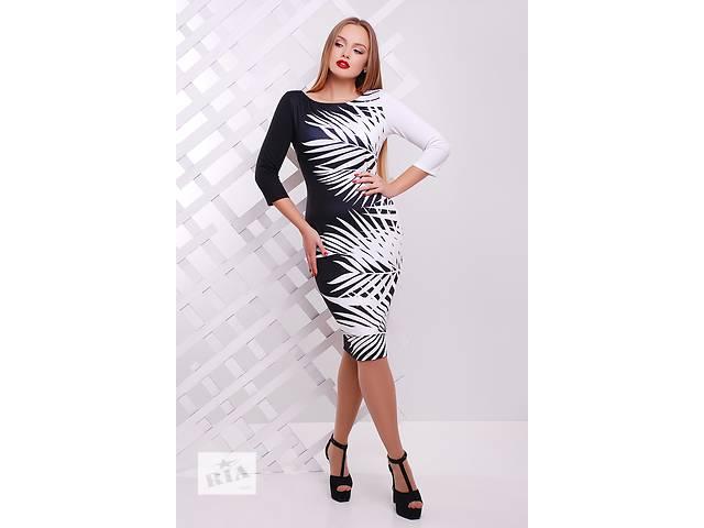 купить бу Платье чёрно-белое (принт -листики). Есть много красивых моделей в Одессе