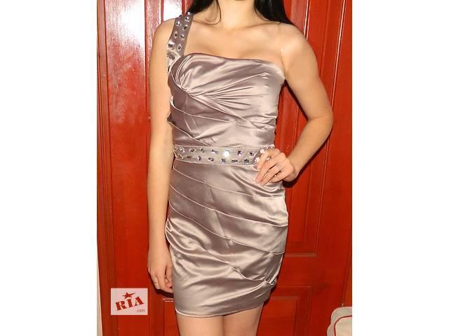 Платье lipsy- объявление о продаже  в Луцке