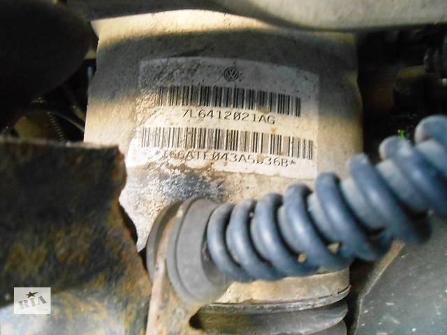 купить бу Пневмобаллон передний,левый Volkswagen Touareg 2003-2009 в Ровно