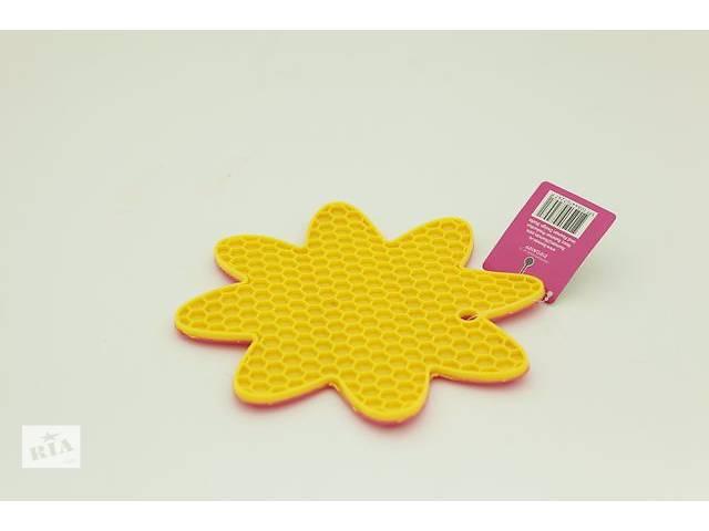 купить бу Подложка для горячей посуды с присосками в форме цветка FISSMAN (AY-7247.HD) в Киеве