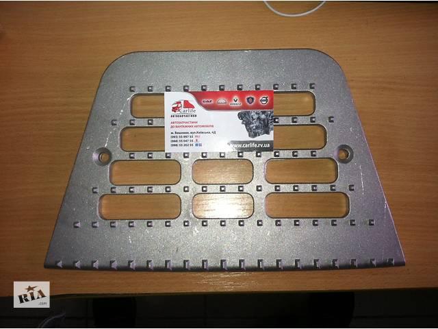 Подножка (пластина подножки , мильниця)  DAF XF 95- объявление о продаже  в Вишневом