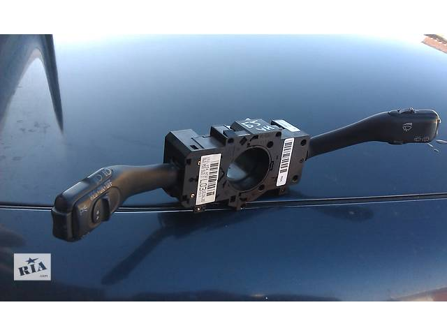 продам  Подрулевой переключатель для легкового авто Audi A6 бу в Костополе