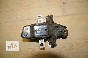 Подушки мотора Volkswagen Polo