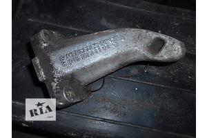 б/у Подушки мотора Mercedes 124