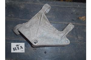 б/у Подушка мотора Opel Omega A