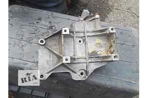 б/у Подушки мотора Volkswagen B5