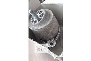 б/у Подушки мотора Volkswagen Touareg