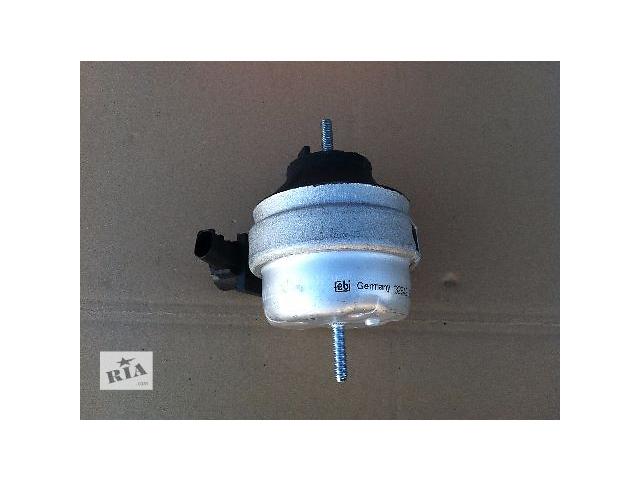 купить бу Подушка мотора гидравлическая для легкового авто Audi A6 С5 в Костополе