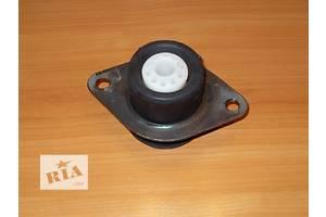 Новые Подушки АКПП/КПП Renault Trafic