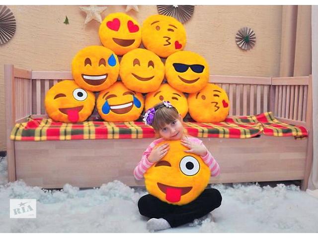 продам Подушки смайлы Emoji бу в Одессе