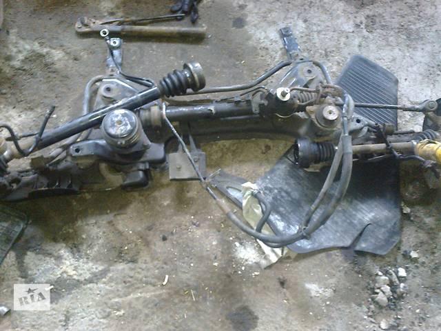 продам  Полуось/Привод для легкового авто Volkswagen Golf III бу в Стрые