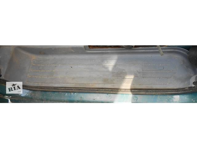 продам Порог подножка передней, боковой сдвижной, задней двери Mercedes Vito (Viano) Мерседес Вито (Виано) V639 (109, 111, 115) бу в Ровно