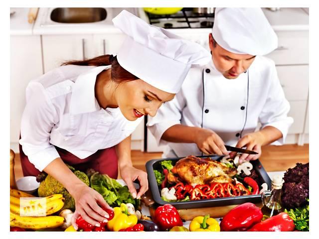 купить бу Повар и помощник повара в Польшу  в Украине