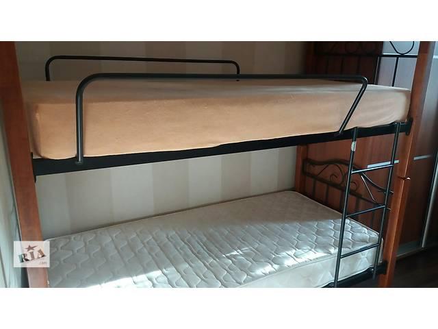 бу Продається двоярусне ліжко б/в з ортопедичними матрацами в Виннице