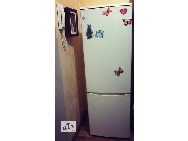 Продається холодильник - объявление о продаже  в Червонограде