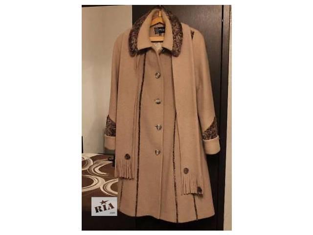продам  Продается пальто бу в Ужгороде