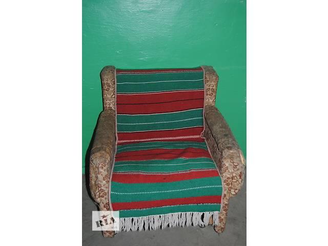 Продам 2 кресла (под перетяжку)- объявление о продаже  в Луцке