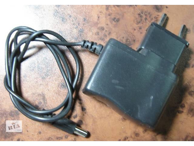 продам Продам адаптер 220/5В,1000мА,(5мм d).Б/у,Работоспособность не проверял. бу в Житомире