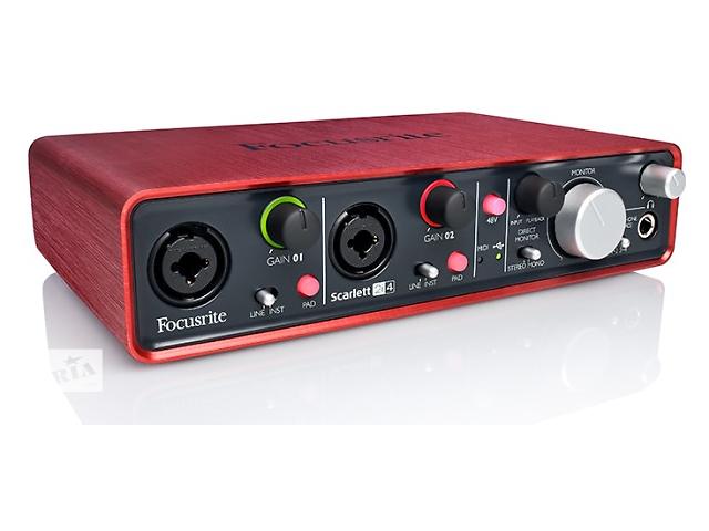 купить бу Продам Аудио интерфейс Focusrite Scarlett 2i4 в Киеве