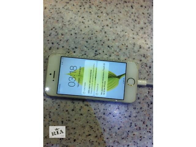 купить бу Продам Айфон 5 s,  в хорошем состоянии с коробкой и наушниками.  Продаю,  подарили новый телефон!  в Днепре (Днепропетровск)