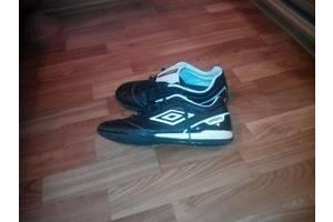 б/у Мужская обувь Umbro