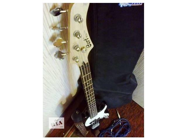 купить бу Продам бас гитару Cort GB-PJ 2500 грн! + чехол в подарок в Полтаве