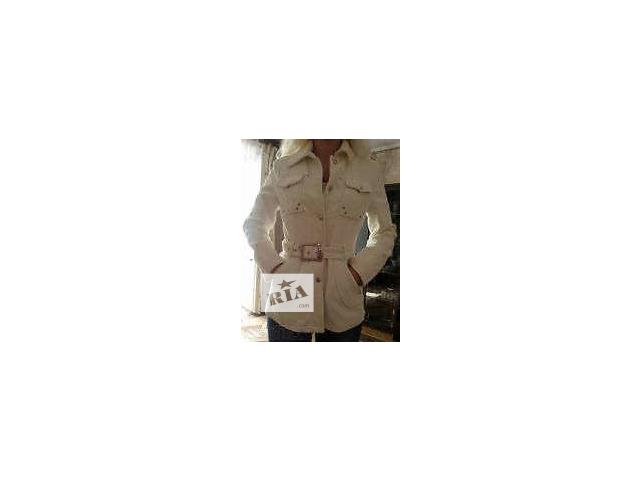 купить бу Продам белую вельветовую куртку в Новой Каховке