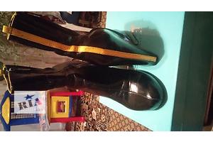 б/у Жіночі черевики і напівчеревики