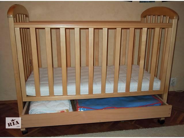 продам Продам детскую кроватку с матрацем в хорошем состоянии. бу в Киеве