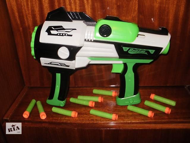 продам продам детский пистолет-автомат на 10 присосках бу в Полтаве