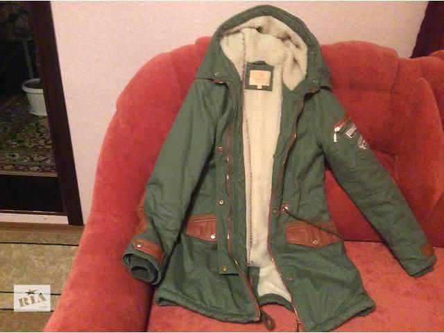 Продам девичью куртку- объявление о продаже  в Южном (Одесской обл.) (Южный)