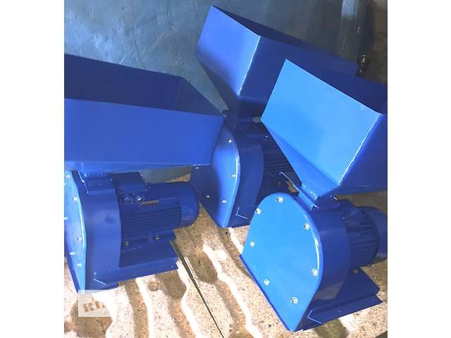 купить бу Продам ДКУ зернодробилку с электродвигателем 7,5 кВт/3000 об., 380 В, производительность 800-1000 кг/час в Запорожье