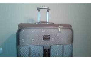 Валізи, дорожні сумки