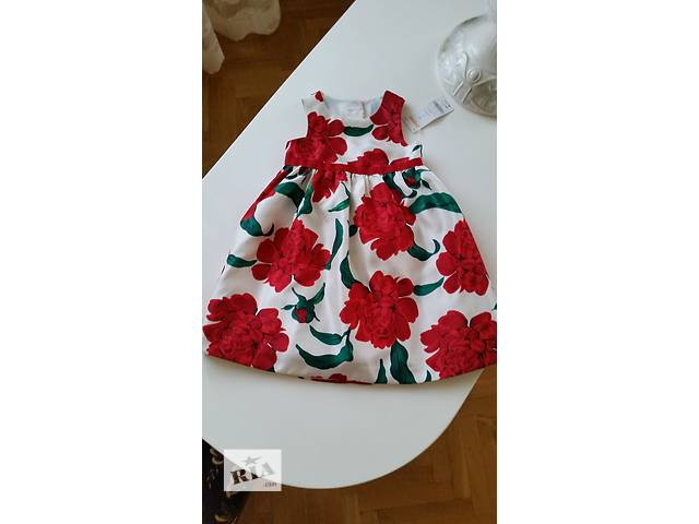 купить бу продам дуже гарну нову святкову брендову сукню розмір 2,3 роки в Ровно