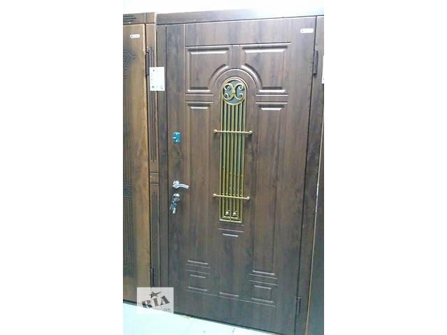 """продам Продам дверь """"Лучия"""" бу в Чернигове"""