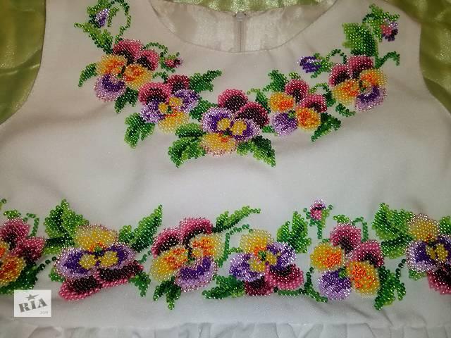 купить бу Продам детское вышитое платье 3-5 лет в Рокитном (Ровенской обл.)