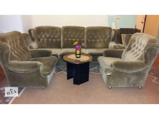 Продам диван и два кресла- объявление о продаже  в Харькове