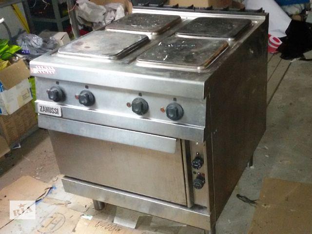 купить бу Продам электрическую плиту с духовкой Zanussi бу в Киеве
