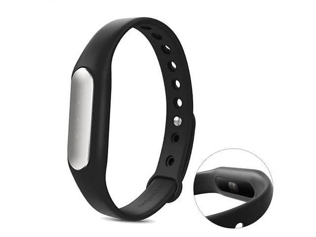 купить бу Продам НОВИЙ фітнес-браслет Xiaomi Mi Band Black в Луцке