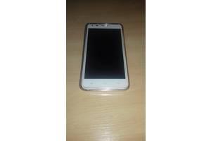 б/у Мобільні на дві SIM-картки Fly