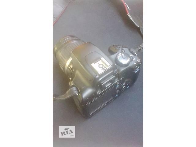 бу Продам фотоаппарат Canon EOS 1000D в Киеве