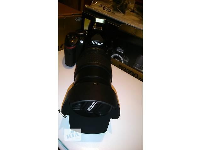 купить бу Продам фотоаппарат Nikon D3200 18-105 VR Kit+сумка,карта памяти 64GB в Киеве