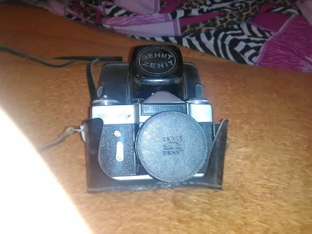 продам Продам фотоаппараты Зенит Е,Смена-2. бу в Сумах